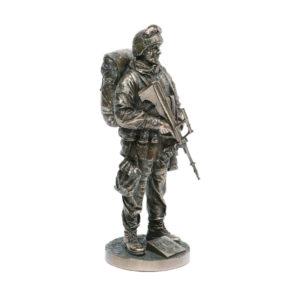 Genesis Irish Soldier bronze figure